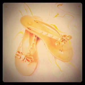 BCBG Light rose gold jelly sandals